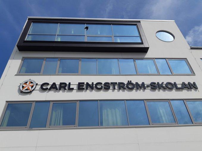 Nya Carl Engström-skolans fasad