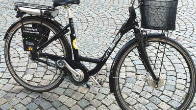 Låna en elcykel