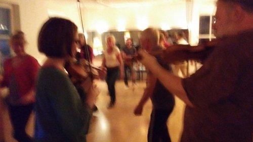 Lekstugestämma – Dagens dans