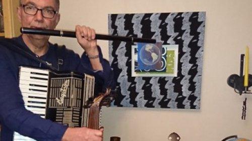 Föreläsning: Jorden runt på/med 17 instrument