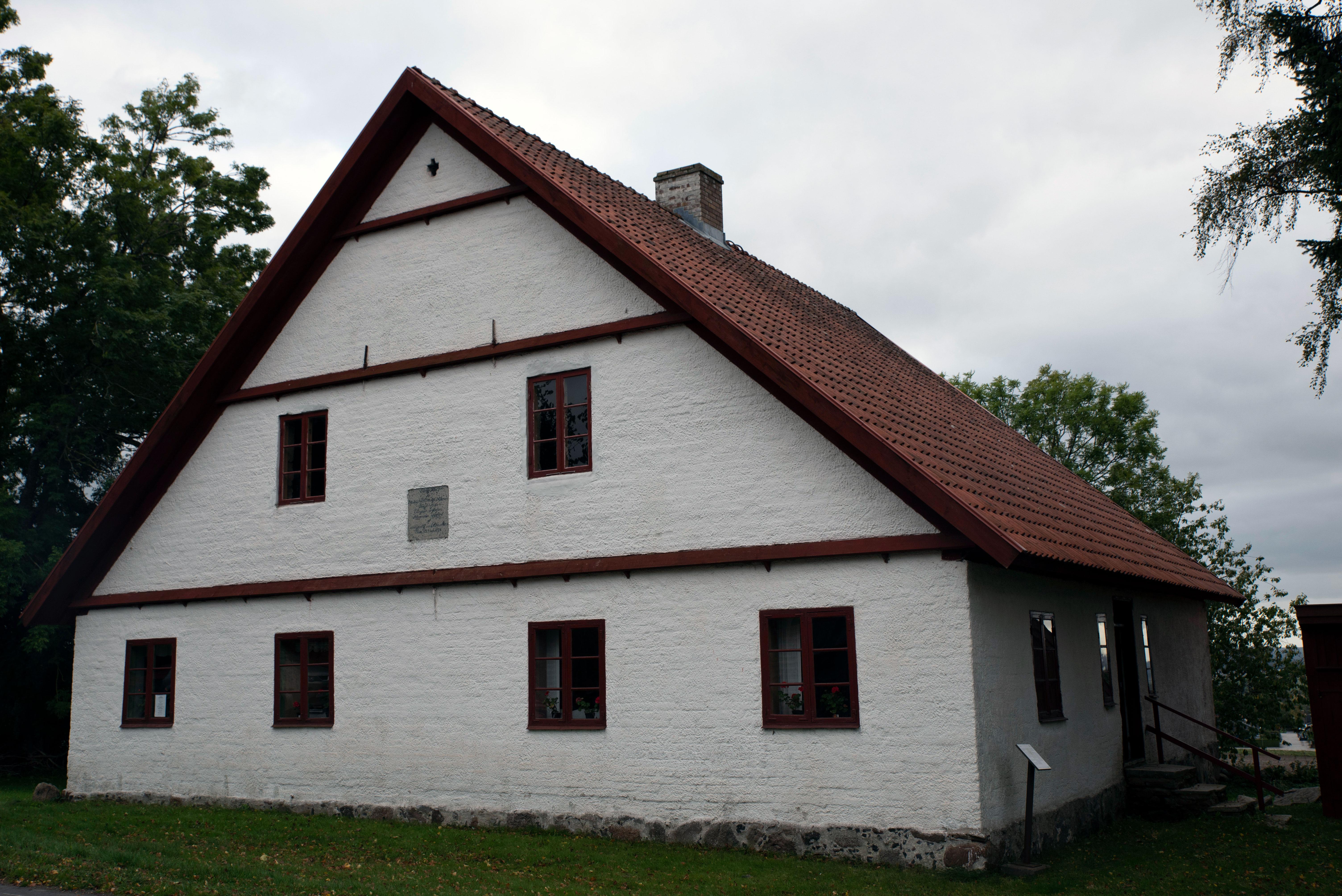 Harlösa donationshus byggdes som fattighus i början av 1800-talet
