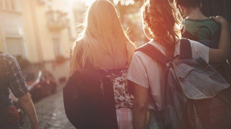 Feriearbete för ungdomar mellan 16 och 18 år